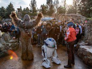 """Disney finalmente inauguró una nueva atracción de """"Star Wars"""" y podría ser un gran impulso 'galáctico'"""