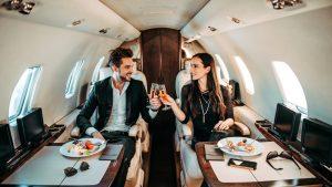 La fórmula de 3 pasos que debes seguir para construir tu riqueza, según un experto que ha entrevistado a más de 150 millonarios