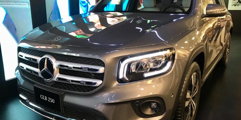 Mercedes-Benz se 'mexicaniza' y presenta una camioneta hecha en México que exportará a todo el mundo