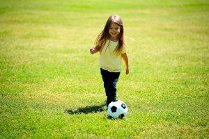 UEFA y Disney se unen para que más niñas jueguen futbol