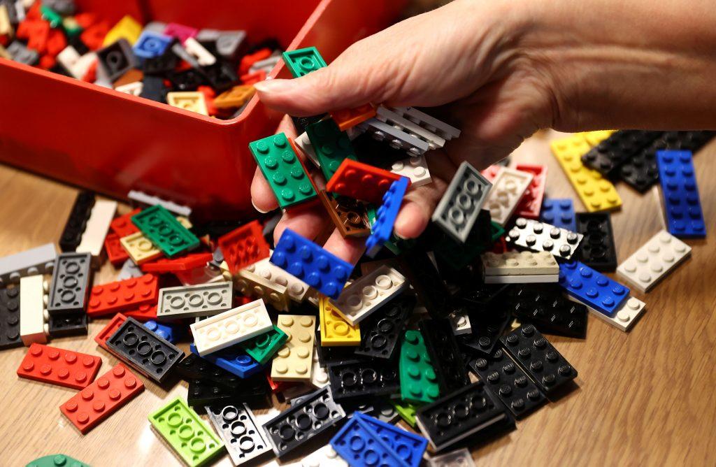 Rita ebel el mayor problema es conseguir piezas de lego son donativos
