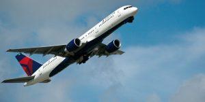 10,000 trabajadores de Delta Air Lines aceptan el despido voluntario, ante crisis por Covid-19