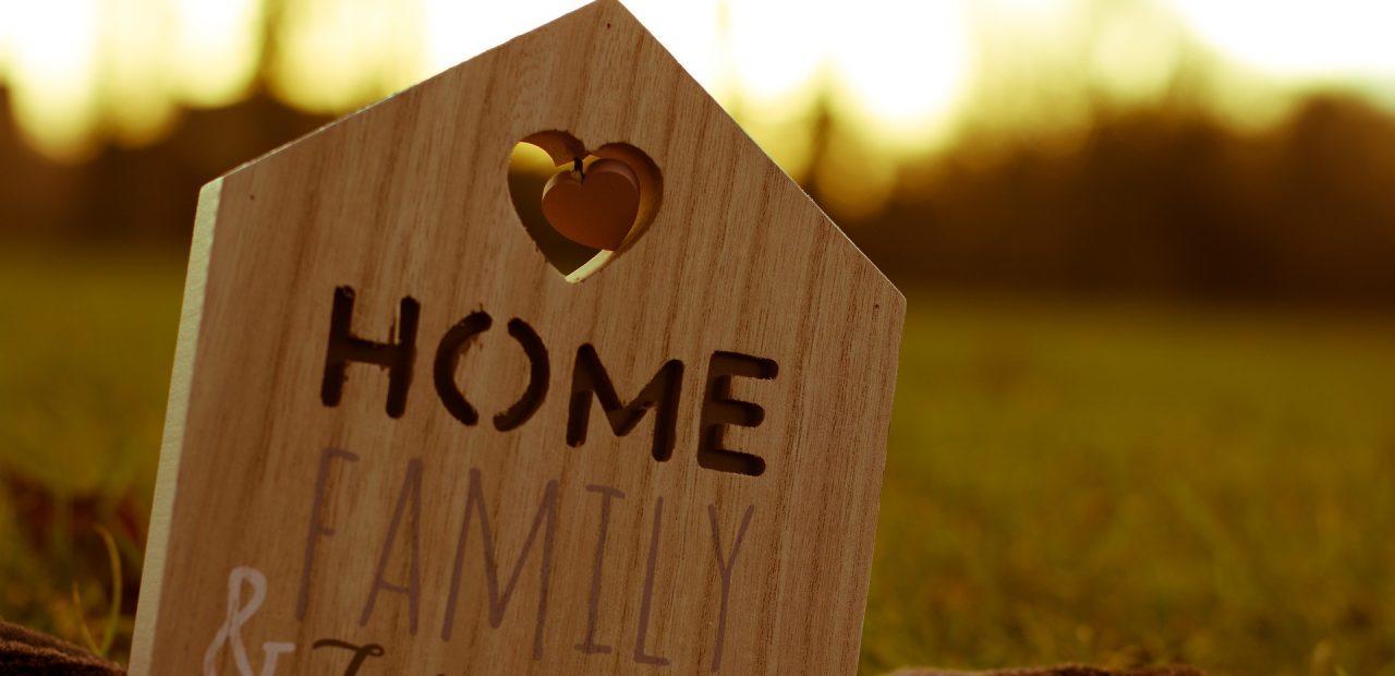Familias  Organización   Home office  Homeschooling