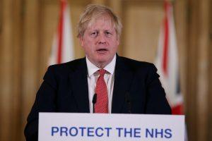 Boris Johnson salió del hospital donde estuvo internado por coronavirus