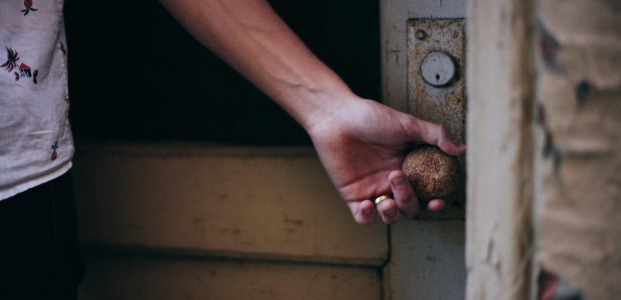 protocolos de seguridad para entrar a casa y evitar covid-19