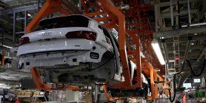 La industria en México sufre su mayor caída en 11 años en marzo y abril pinta peor