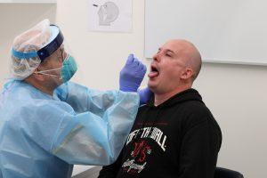 El hombre que encabezó la lucha contra la influenza AH1N1 pide al gobierno hacer más pruebas de coronavirus para evitar un «desastre» al reabrir la economía
