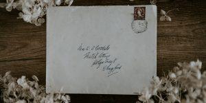 He estado enviando cartas escritas a mano a mis amigos durante la pandemia, y me ayudó a sentirme más conectado que las reuniones de Zoom