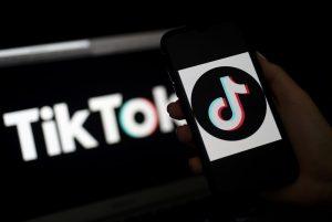 Activistas acusan a TikTok de burlar la ley y recolectar datos de niños en su aplicación
