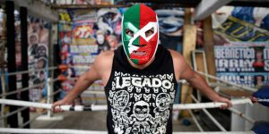 Los luchadores mexicanos enfrentan a un enemigo formidable: el coronavirus