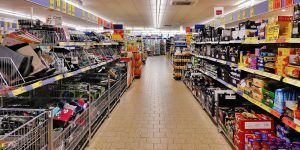 Aunque las compras por internet siguen creciendo, los mexicanos todavía prefieren ir al supermercado por la despensa… pese al coronavirus