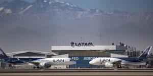 Entre bancarrotas, rescates y  recortes, las aerolíneas internacionales enfrentan un panorama turbulento