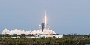 El lanzamiento de SpaceX y la NASA es exitoso— la cápsula Crew Dragon llegará a la Estación Espacial Internacional en 19 horas