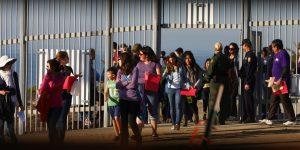 México y EU extienden por 30 días más la restricción al tránsito terrestre en la frontera
