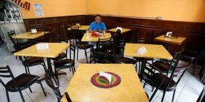 Reapertura de restaurantes, hoteles y centros comerciales tendrá que esperar; la Ciudad de México continuará en semáforo rojo