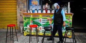 La economía mundial se contraerá un «desastroso» 4.7% en 2020, pronostican economistas de Bloomberg