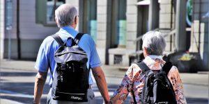 Los adultos mayores tendrán un horario exclusivo para cobrar pensiones en sucursales bancarias