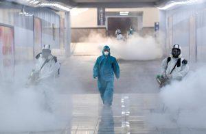 Más de 200 científicos de todo el mundo aseguran que la OMS subestima el riesgo de transmisión del coronavirus por el aire