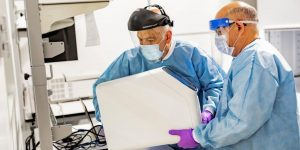 Amazon está creando su propio laboratorio para luchar contra el coronavirus – y puso al frente del proyecto a un veterano que lleva 15 años en la compañía