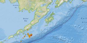 La Península de Alaska reporta sismo de 7.8 y encienden alertas de tsunami
