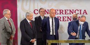 Gobierno de México firma convenio con ONU para la compra de medicamentos en el extranjero