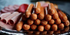 Estas son las marcas de salchichas que más engañan a los consumidores con sus productos