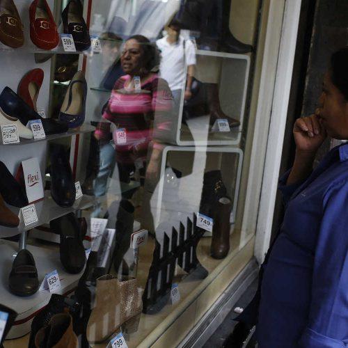 Así fue la 'caída libre' de la  inversión y el consumo en México durante mayo