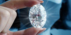 Un raro diamante del tamaño de un huevo se subastará en octubre en Hong Kong