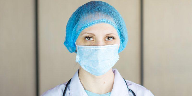 1 de cada 7 pacientes con Covid-19 en el mundo es personal médico, dice la OMS