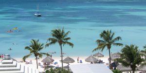 Aruba regala estadías en hoteles con descuento para vivir y trabajar en la isla caribeña por hasta 3 meses